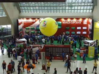 Vista do primeiro piso do shopping Eldorado - Esportancia