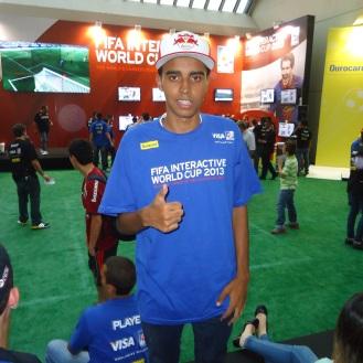 Gustavo Nascimento, campeão do FIWC2012 - Esportancia
